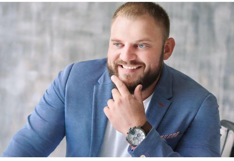 Илья Ледяев